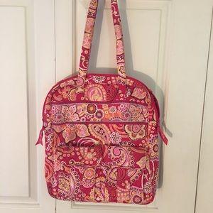 Beautiful Vera Bradley bag- EXCELLENT condition!